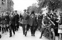 Le général de Gaulle, à Chartres, le 23 août 1944.