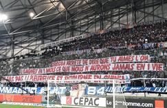 La banderole hostile à un retour de Didier Drogba déployé dans le Virage Sud du stade Vélodrome dimanche soir.