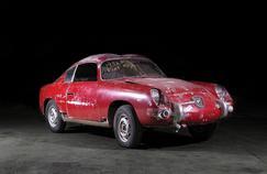 La FFVE milite pour éviter que des véhicules dans l'état de cette Fiat Abarth soient autorisés à circuler.