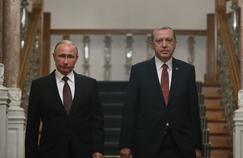 Le président russe Vladimir Poutine et le président turc Recep Tayyip Erdogan, le 10 décembre 2016 à Istanbul.