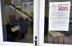Un bureau de vote à Castelsarrasin, le 22 janvier 2017.