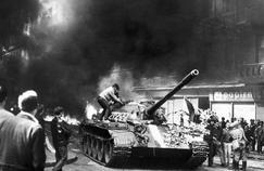 Après l'intervention des chars soviétiques à Prague en 1968, Ilios Yannakakis émigre à Paris. Crédits Photo: AFP.