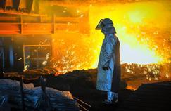 Certains salariés travaillant dans la métallurgie sont notamment exposés au bruit et aux températures extrêmes.
