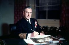 Lord Louis Mountbatten (1900-1979) dernier vice-roi des Indes.