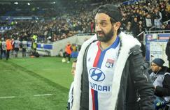 Cyril Hanouna avait donné le coup d'envoi de la rencontre entre Lyon et le Paris SG en novembere 2016.