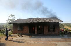 Les écoles brûlent dans les provinces déshéritées d'Afrique du Sud