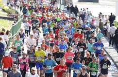 Des coureurs lors du dernier marathon de Paris en avril 2016