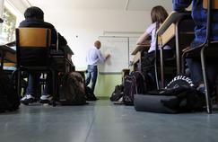 Fillon et Macron rêvent d'autonomie pour les établissements scolaires
