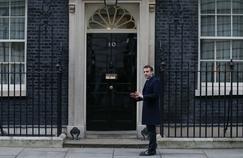 May [mai] n. m. Sur-mois d'Emmanuel Macron à Londres