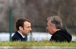 Emmanuel Macron et François Bayrou aux funérailles de l'ancien président de la FNSEA, Xavier Beulin.