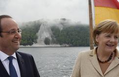 François Hollande et Angela Merkel à bord du Nordwind sur l'île de Ruegen, dans le nord-est de la mer Baltique, le 9 mai 2014.