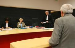 Audience présidée par un juge de proximité à Paris. « On assiste pourtant au développement d'une justice pénale qui ne prend plus le temps de juger et tout juste celui nécessaire à condamner».