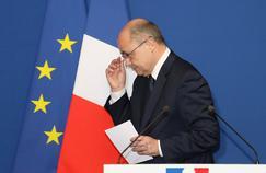 Contraint à la démission, Le Roux remplacé par Fekl au ministère de l'Intérieur