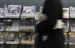 Des étals de journaux à Londres, ce vendredi matin.
