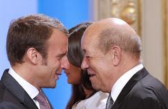 Emmanuel Macron et Jean-Yves Le Drian à l'Élysée, le 28 août 2014.