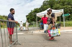 Alors que la Guyane est confrontée à une grogne sociale d'ampleur, le Premier ministre Bernard Cazeneuve appelle à l'apaisement.