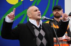 Serge Ayoub (ici à Lille, en octobre 2011), figure de l'ultra-droite, figure parmi les accusés.