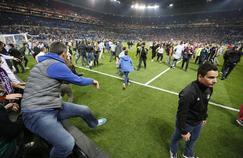 Des incidents ont éclaté entre supporters avant le match au Parc OL.