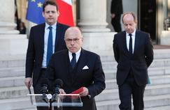 Le premier ministre Bernard Cazeneuve salue le résultat d'Emmanuel Macron.