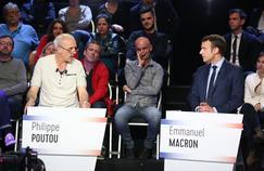 Philippe Poutou et Emmanuel Macron à La Plaine Saint-Denis, le 4 avril 2017.