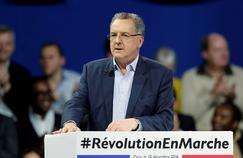 «Dès l'instant qu'ils décideront d'élire Emmanuel Macron, Je ne les vois pas les Français le priver des moyens pour gouverner à l'Assemblée nationale», espère Richard Ferrand, le secrétaire général d'En marche! (ici en décembre à Paris).