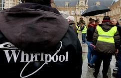 Manifestation des salariés de Whirlpool devant la mairie d'Amiens, le 4 février 2017.
