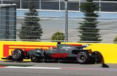 Le pilote Romain Grosjean, contraint à l'abandon après un choc avec Jolyon Palmer.