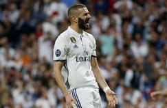 Karim Benzema avec le maillot du Real Madrid.