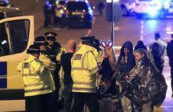 Après l'attentat de Manchester, le Royaume-Uni sous le choc