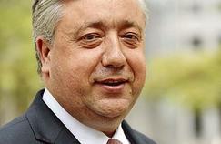 Antoine du Guerny, le grand argentier d'Esso, prend la barre