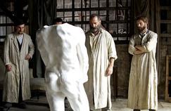 Rodin, Vincent Lindon en «monstre barbu et grommelant» divise la critique