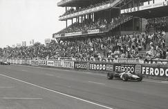 La Formule 1 sur le circuit du Mans en 1967.