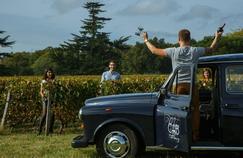 Plusieurs taxis soigneusement aménagés pour le confort de ses passagers permettent de découvrir des vignobles dans le Médoc. Crédits: Wine Cab Bordeaux