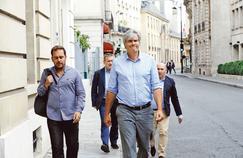 Stéphane Le Foll à son arrivée au conseil national du Parti socialiste, à la Maison de la Chimie, samedi 24 juin à Paris.