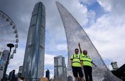 Hongkong: l'art, seul espoir des requins