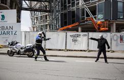 Face aux mouvements ultraviolents, les policiers se préparent aux combats de rue