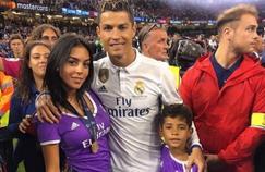 Ronaldo entouré de sa petite amie et de Cristiano Junior. Crédit source: Compte instagram de Georgina Rodriguez