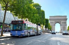 «Bus Burger» : le concept qui propose de visiter Paris en mangeant des hamburgers