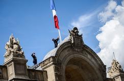 Attentat à Barcelone : la politique française a déjà repris ses droits