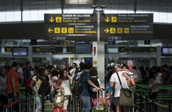 La grève à l'aéroport de Barcelone a été levée après l'attentat