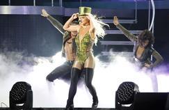 Britney Spears abandonne le play-back pour répondre aux critiques de la presse