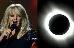 Bonnie Tyler chante Total Eclipse of the Heart pour l'éclipse solaire américaine
