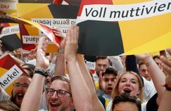 Législatives en Allemagne : applaudissements et silence de plomb à la CDU