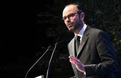 Édouard Philippe tente de rassurer les maires
