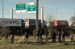 L'Élysée fait pression pour renégocier avec Londres les accords sur la frontière