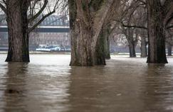Les inondations menacent une vingtaine de départements