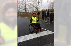 Il parcourt 710 kms en fauteuil roulant pour défendre le «made in France»