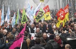 Les divisions syndicales arrangent le gouvernement