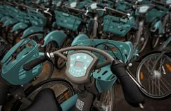Vélib': la mairie de Paris hausse le ton et exige le remplacement immédiat de 3000 vélos