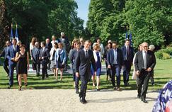 Sondage : un an après, les ministres restent d'illustres inconnus